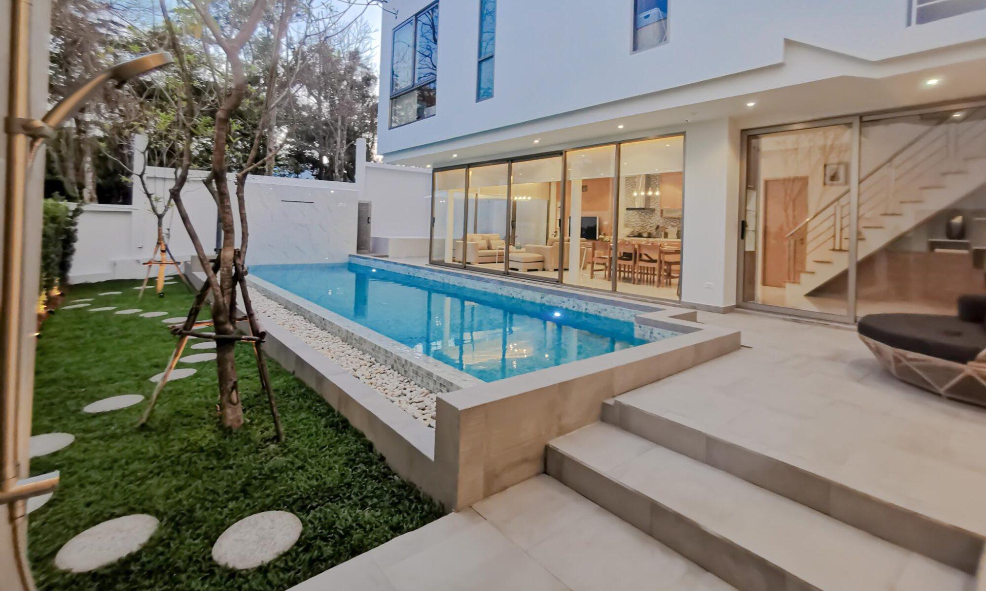 pool villa phuket พลูวิลล่า